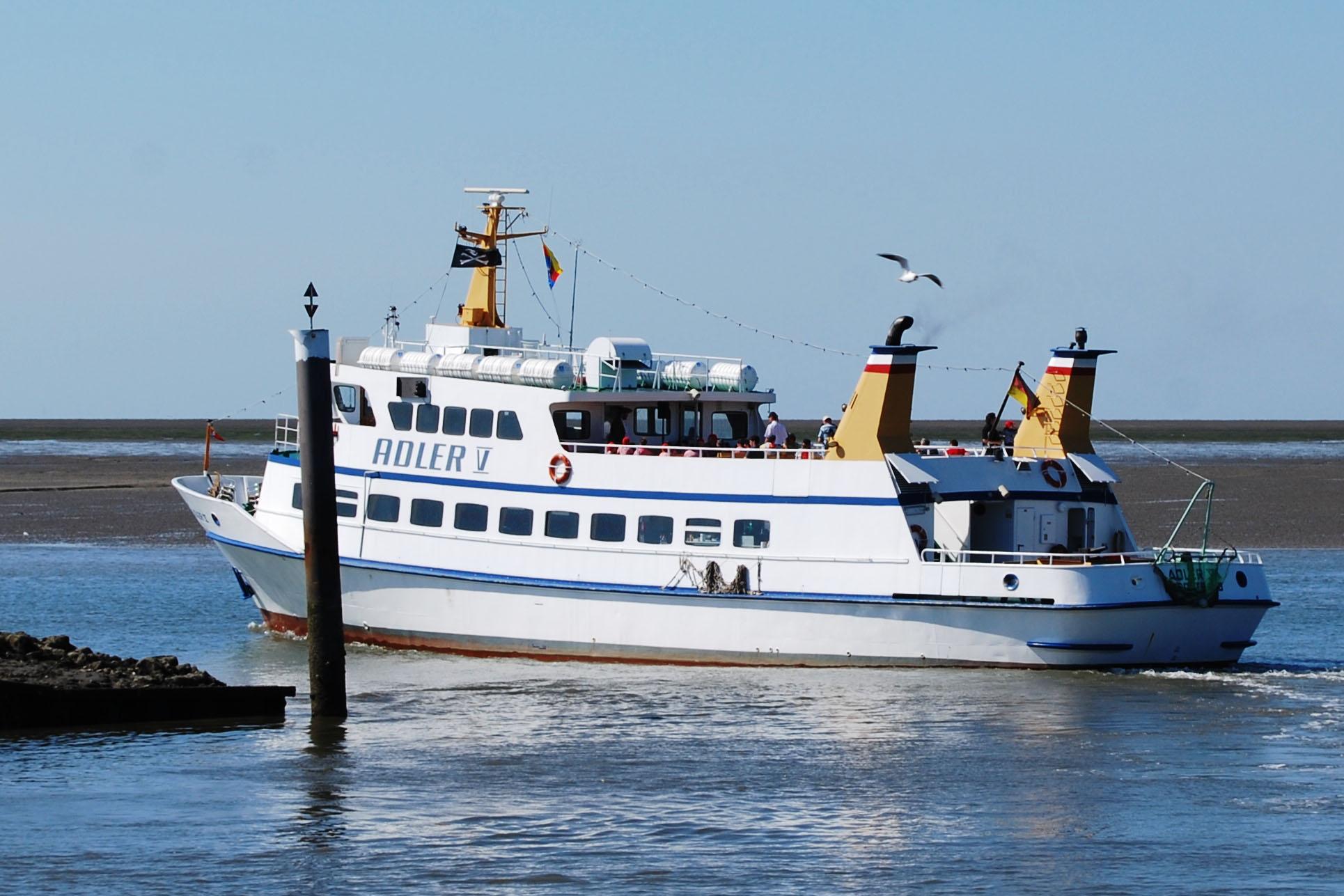 Seebestattung Adler Schiffe